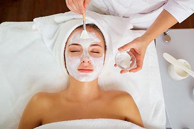 Gesichts & Körperpflege